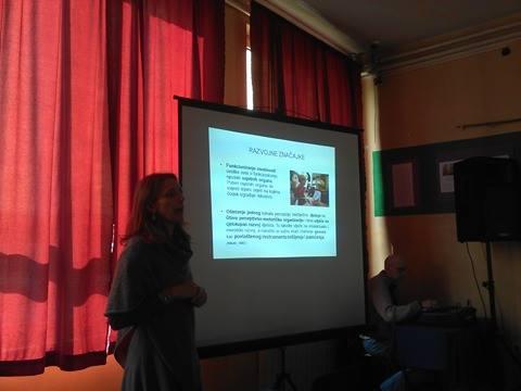 Predavanje o radu sa djecom s poteškoćama