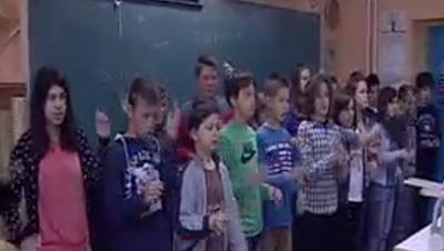 Kako su djeca 5.a razreda naučila osnove hrvatskog znakovnog jezika u suradnji sa UOOS BBŽ